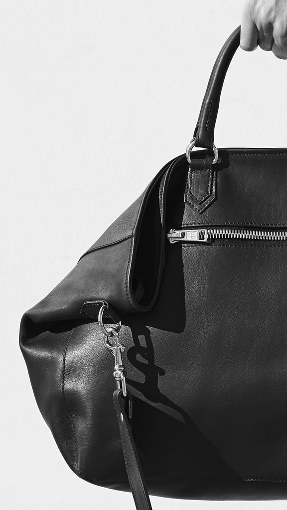 black moon leather sun tote front view close up