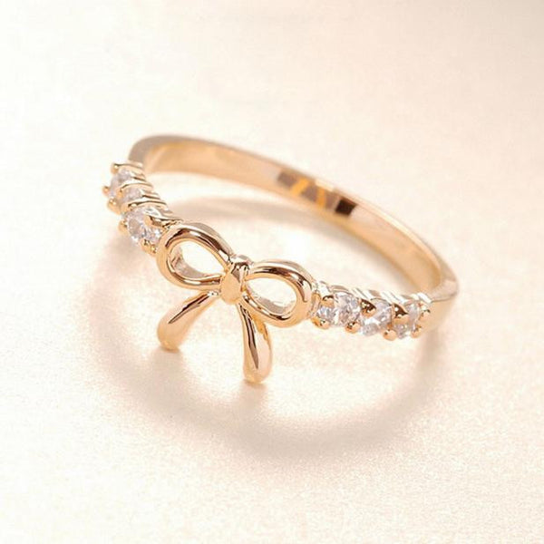 Simple Crystal Bow Ring GD - satisfaction-365.com