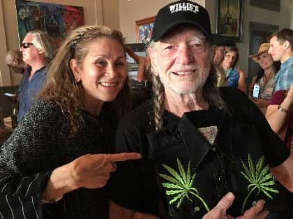 WILLIE NELSON KNOWS