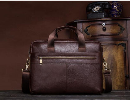 Men's leather bags.