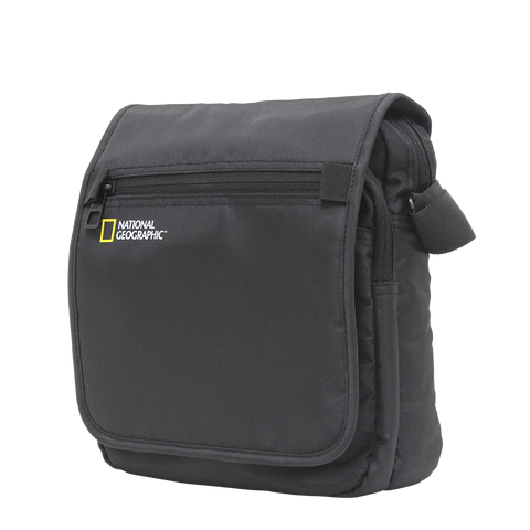 National Geographic cross-over bag | luggageandbagsstore.com