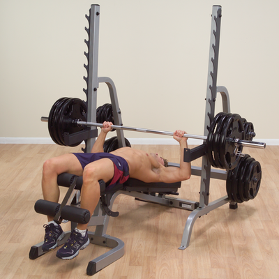 man doing decline bench press on SDIB30 rack
