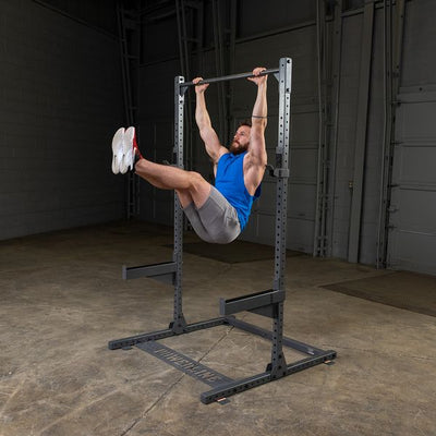 powerline rack man doing knee ups