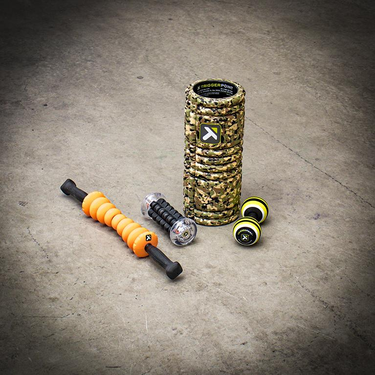 Triggerpoint grid foam roller camo with foot masaagers