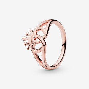 Crown & Interwined Hearts Ring - Brilliant Co