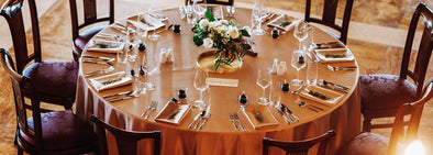 The luxurious look of the set round table