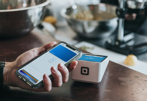contact less payment with a mobile