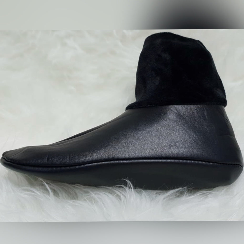 Anti-Slip Saie Socks (Leather)