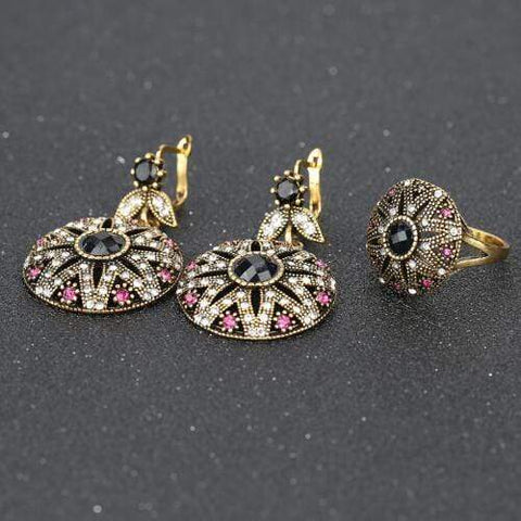 18K GOLD PLATED RETRO JEWELRY SET - Wholesalekings.com