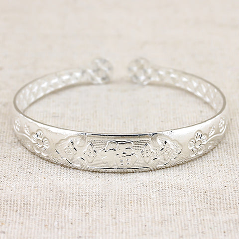FASCINATING! ANTIQUE SILVER ADJUSTABLE LUCKY BRACELET