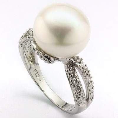 CHARMING 9.70 CT WHITE PEARL & 2 PCS WHITE DIAMOND PLATINUM OVER 0.925 STERLING SILVER RING - Wholesalekings.com