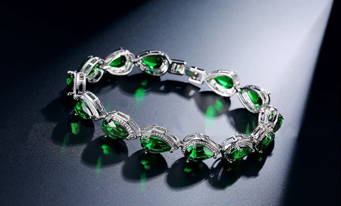 14KT High Quality White Gold Plated Green Zicron Ladies bracelet 7 inches