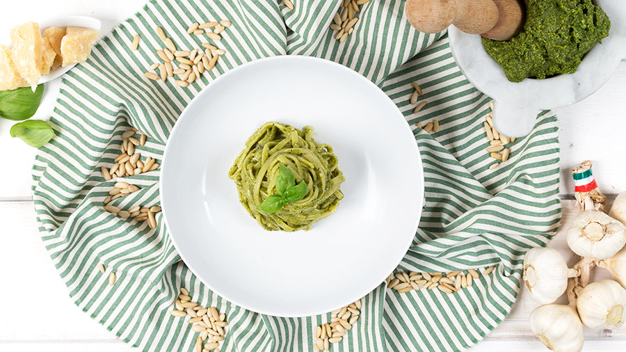 Linguine_with_pesto