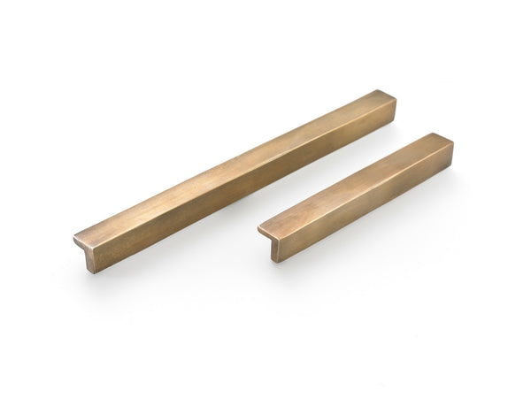 Kitchen drawer handles. Brass cabinet handles. Supplied with fitting screws. Solid brass in antiqued patina finish.TFM410