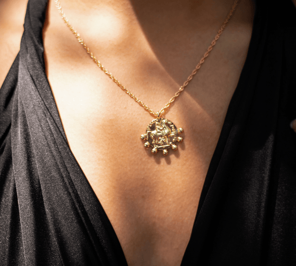 Modelo Fierce Necklace