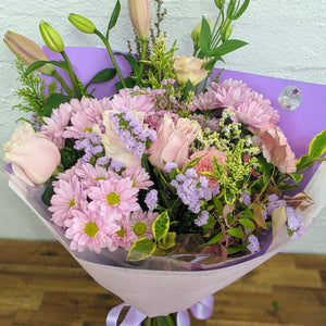 pink bouquet with roses chrysanthemums