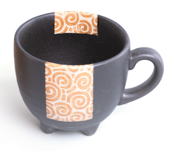 2 no. X Black Glazed Four-legged Mug 黒釉うず唐草四ッ足マグ