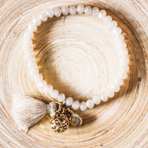 Beaded Bracelet off white with tassel - Seeyacollection