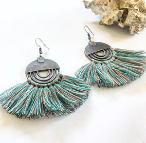 Tassel earrings vintage mixed blue - Seeyacollection