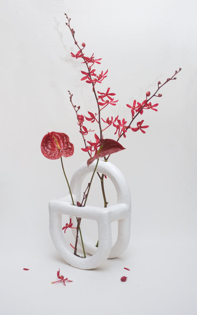 Contemporary ceramics handmade by Melbourne artist Vivienne La