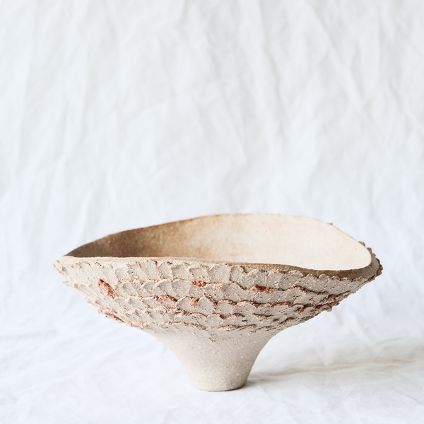 Ceramic vessel by Melbourne ceramicist Hana from Dasa Ceramics