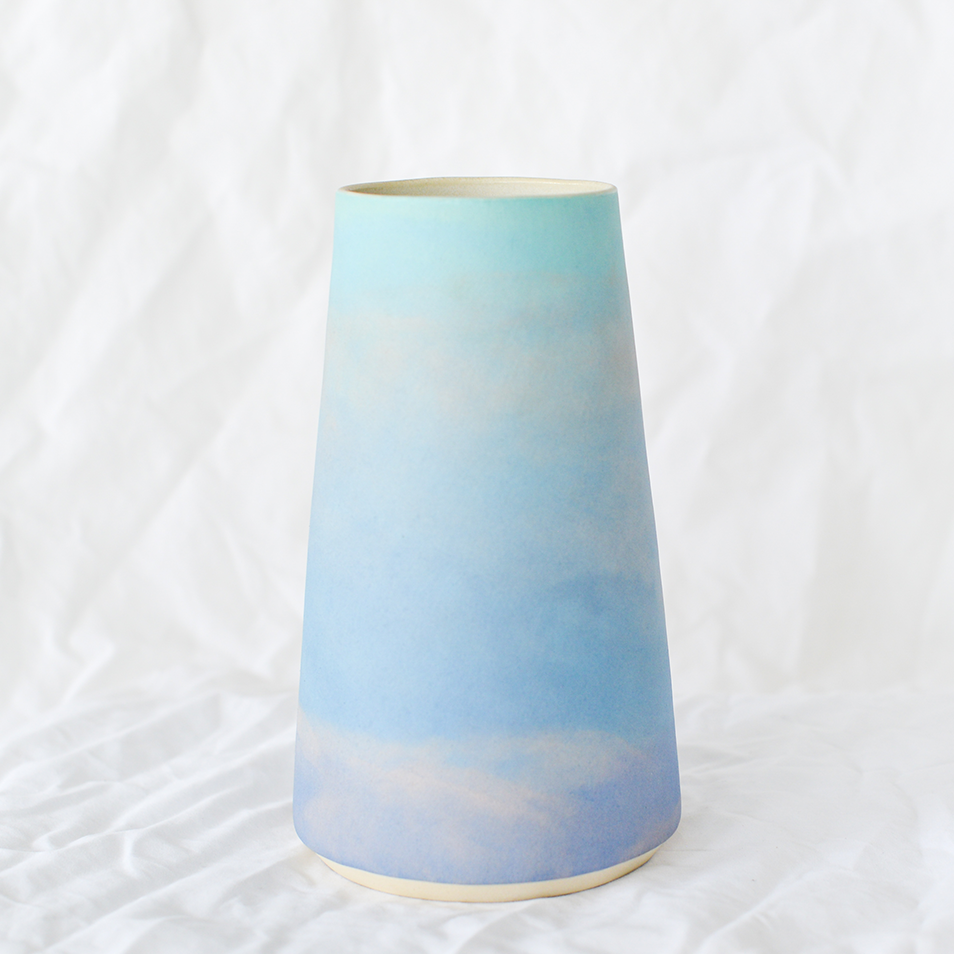 Ceramic sunset vase by Melbourne ceramicist Dawn Tang