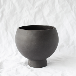 Ceramic Black Vessel handmade by Melbourne ceramicist Simone Karras