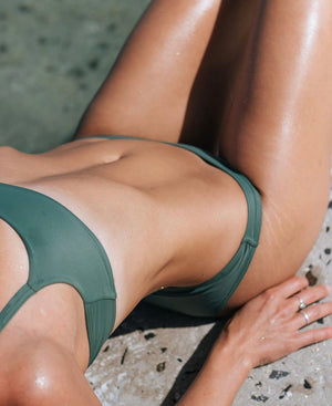lipé_swimwear_frankie_bikini_top_green