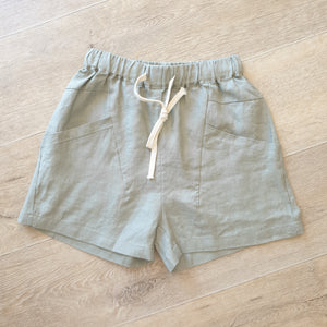 Little lies luxe shorts in Khaki
