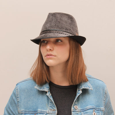 CORDY (C) Adult hat small edge corduroy