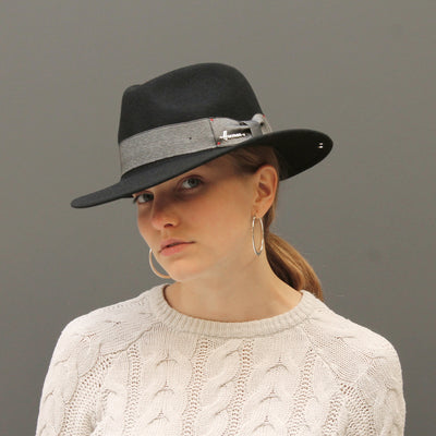 MAC RANG | Black felt hat with large brim