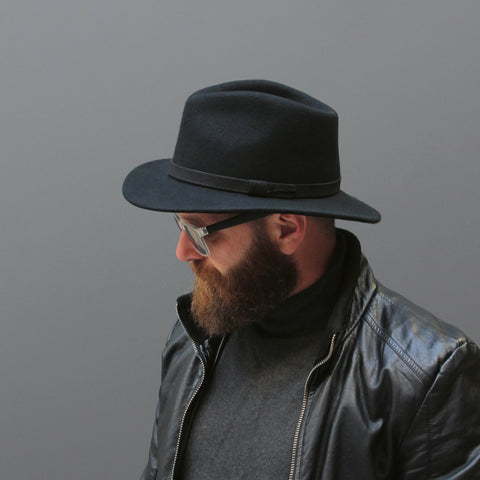 MAC MILLAN / large brim plain felt hat with belt