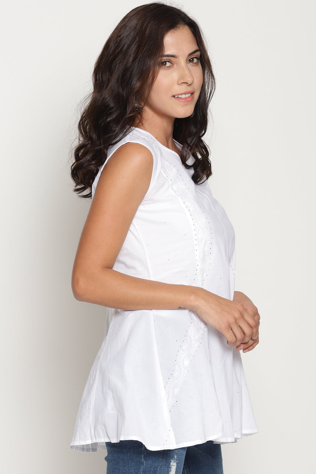 White Pure Cotton Sleeveless Chikankari Top with Mukhaish (Medium)