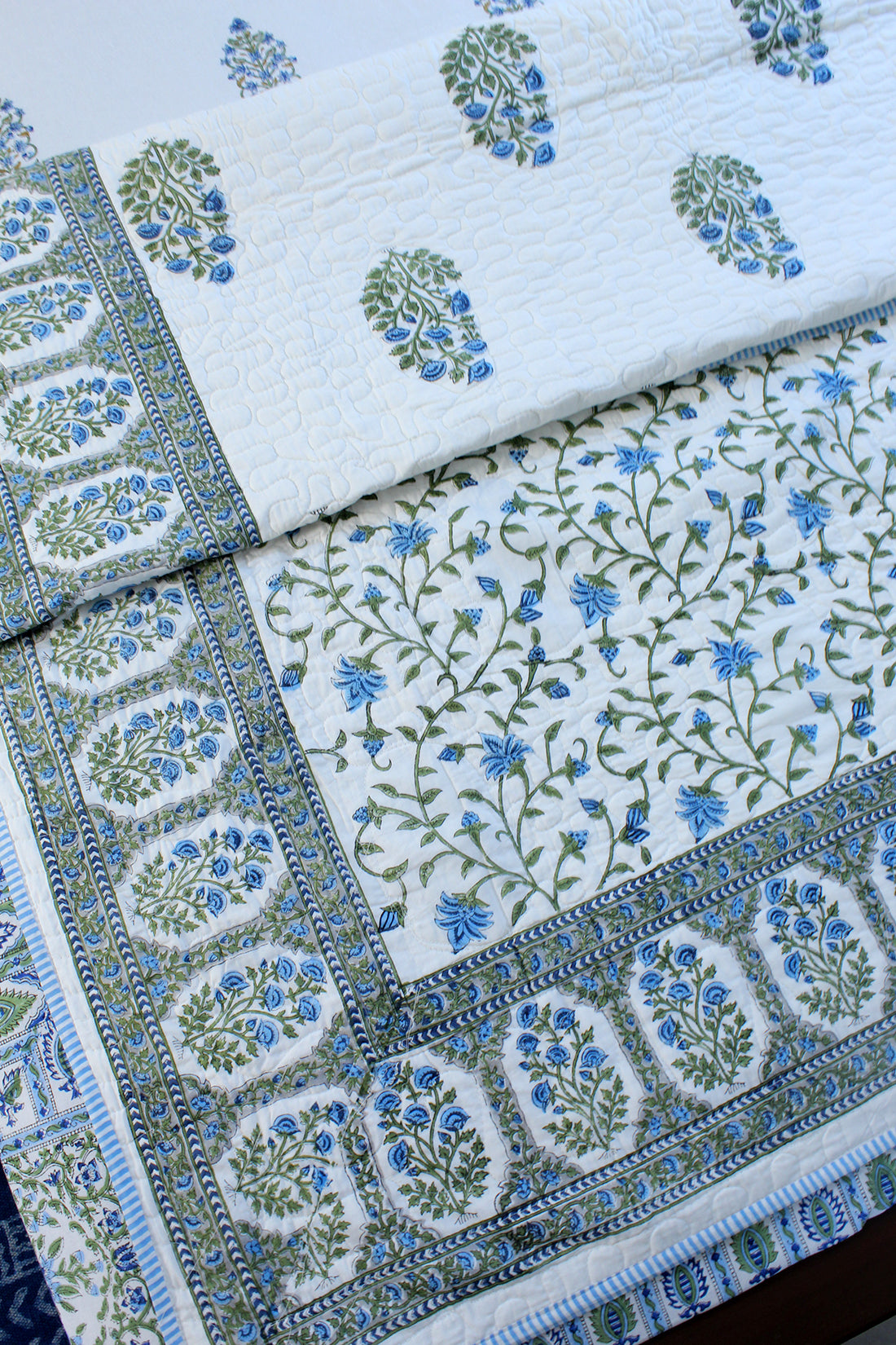 White Hand Block Printed Pure Cotton Reversible Single Quilt