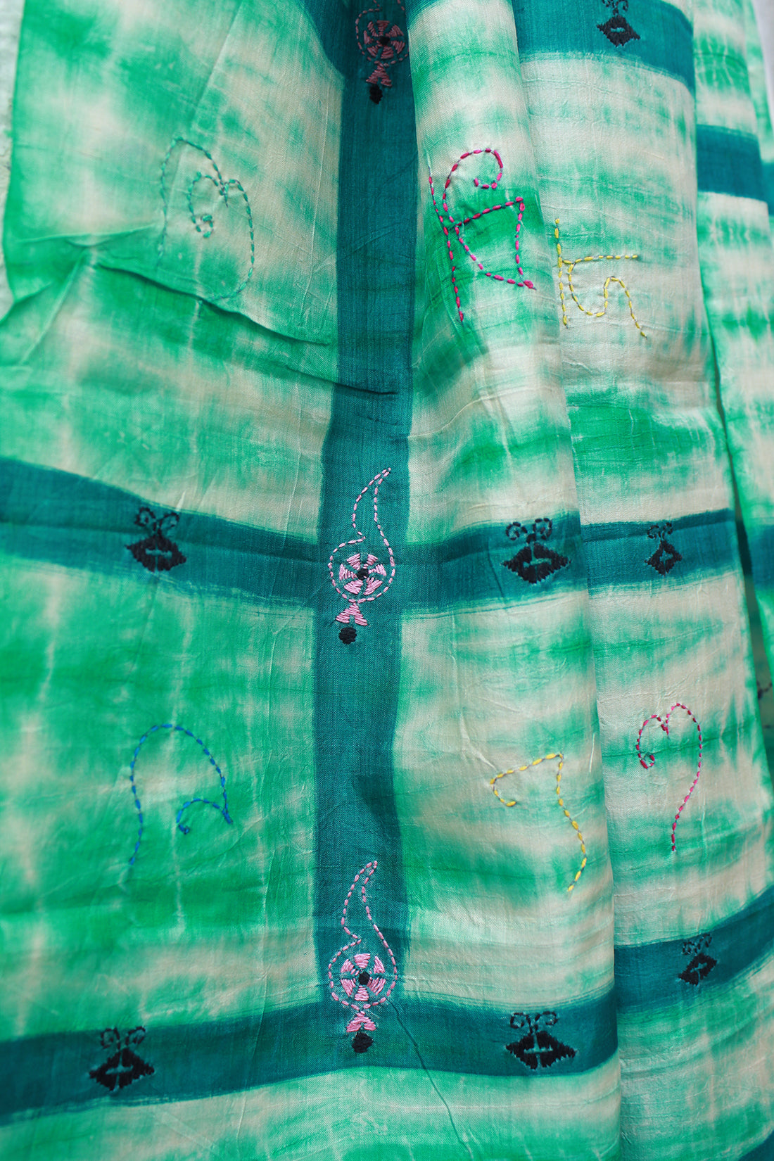 Green Handloom Pure Silk Stole with Shibori Tie and Dye and Kantha Work