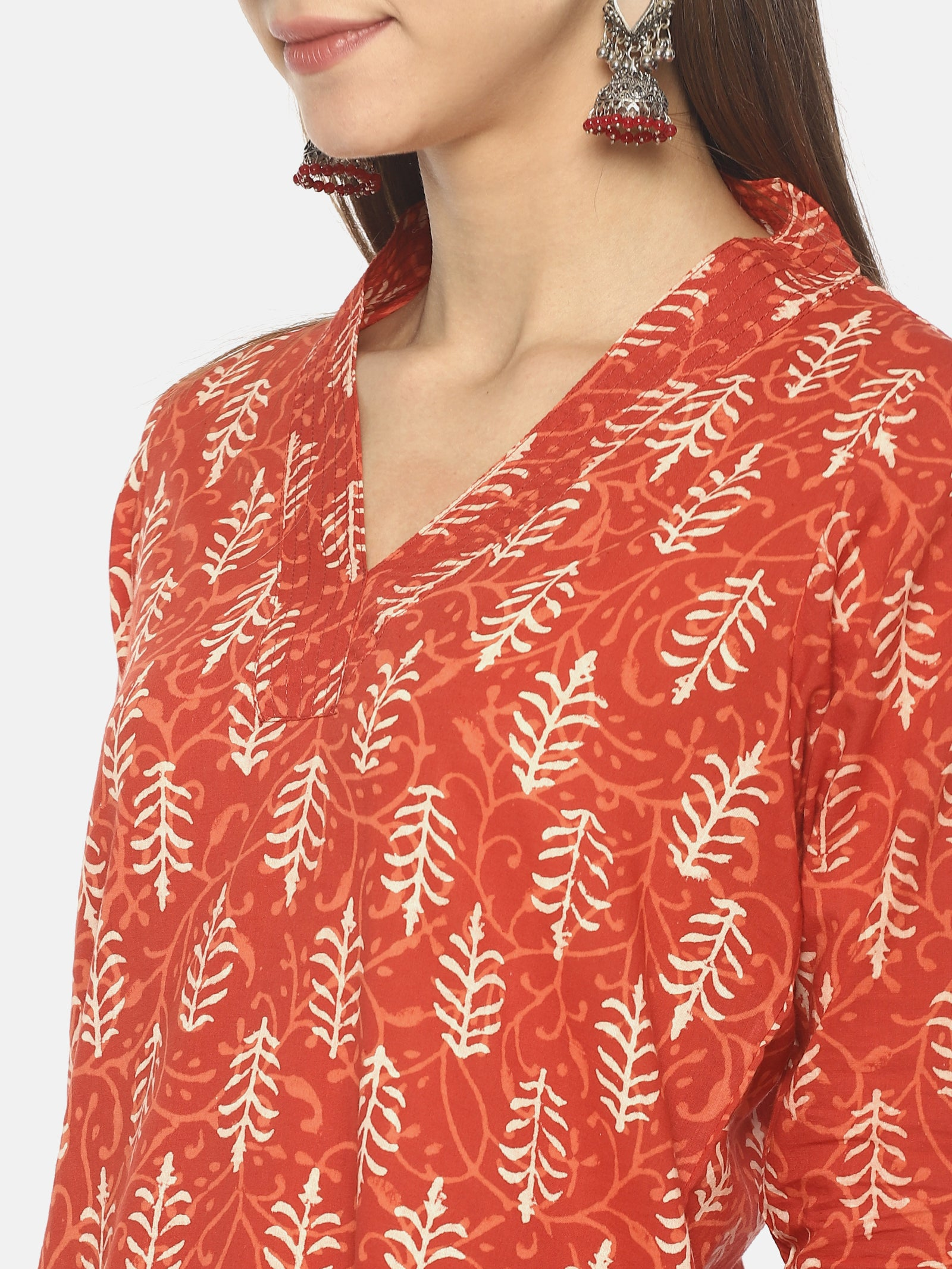Red Pure Cotton Hand Block Printed V-Neck Straight Cut Kurti