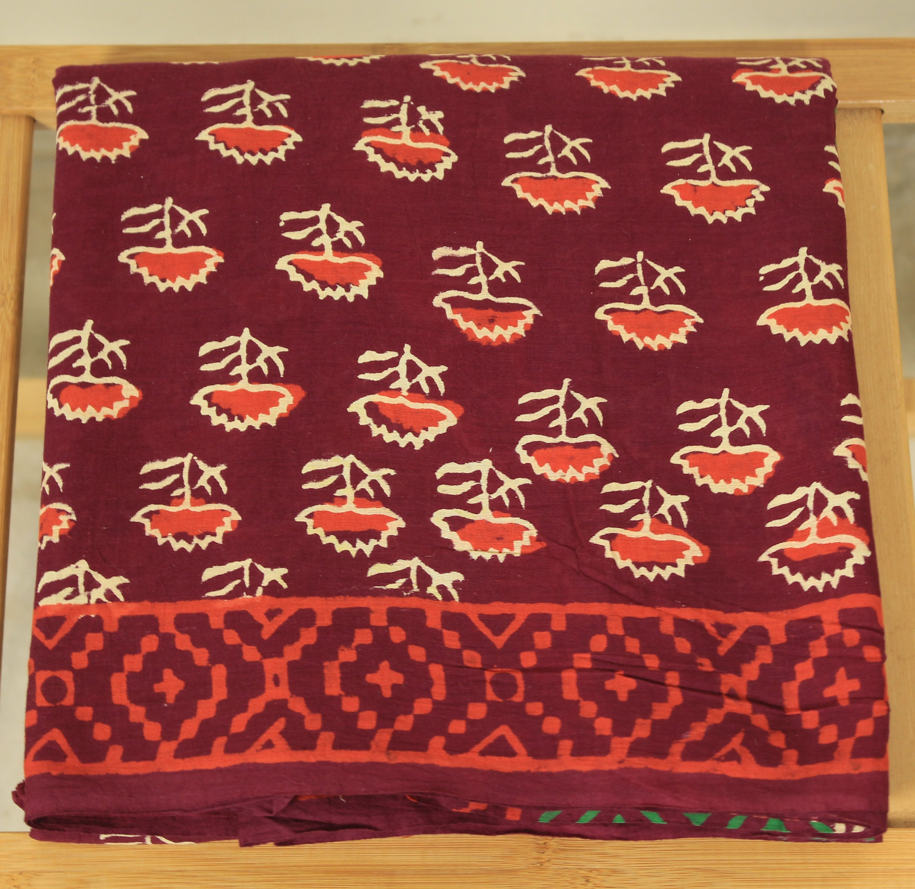 Maroon Hand Block Printed Mul Cotton Women's Saree with Blouse Piece