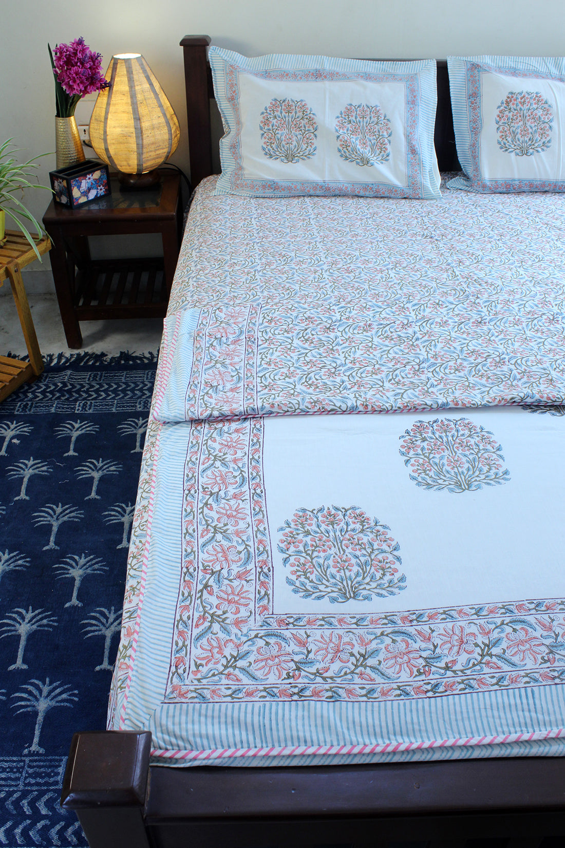 White Hand Block Printed Mul Mul Cotton Reversible Single Dohar