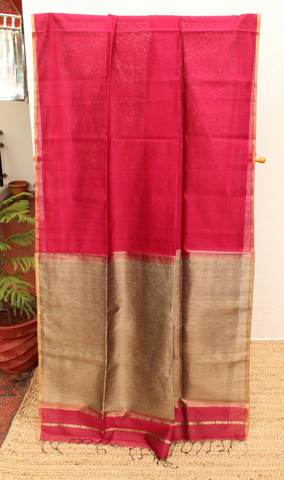 Pink Chanderi Cotton Silk Handloom Saree with Golden Zari and Gicha Pallu