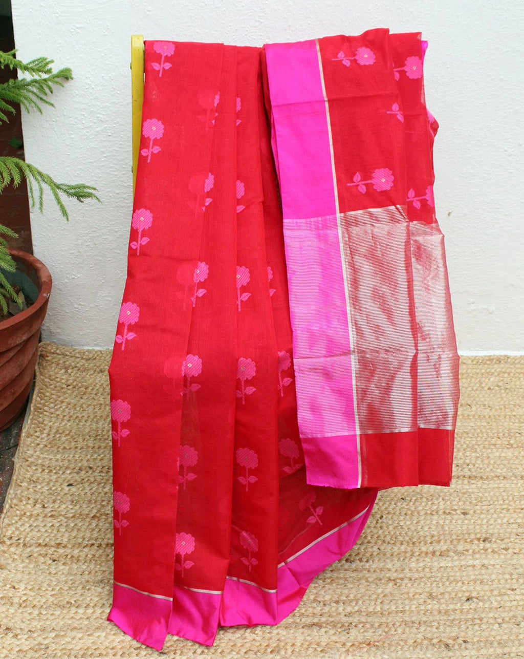 Red Chanderi Cotton Silk Handloom Saree with Pink and Red Checks Pure Silk Blouse Piece