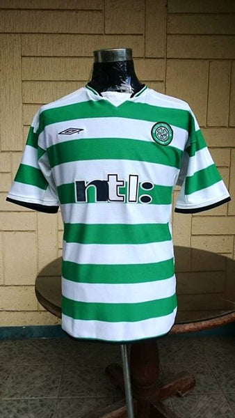 b751cfe99 ... SCOTTISH LEAGUE CELTIC FC 2001 TREBLE SPFA -SFWA PLAYER OF THE YEAR  LARSSON JERSEY UMBRO ...