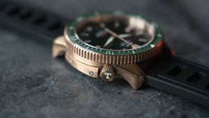 BRONZE TORSK-DIVER - EMERALD GREEN