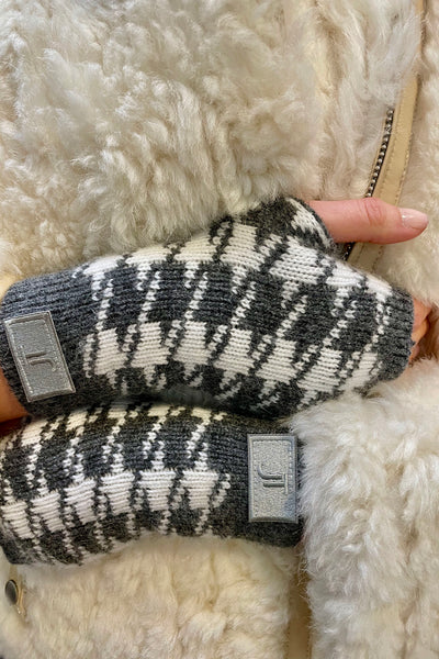 Houndstooth Grey Wrist Warmers