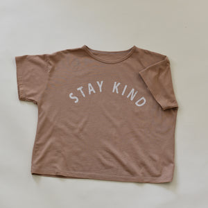 Stay Kind - Women's Boxy Tee (Clay)