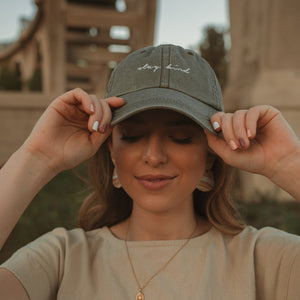 Stay Kind - Cap (Olive)