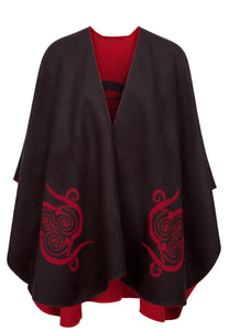 Shawl with Celtic Motif