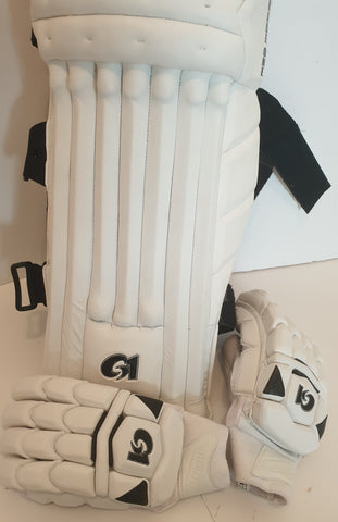 Pads and Gloves Combo
