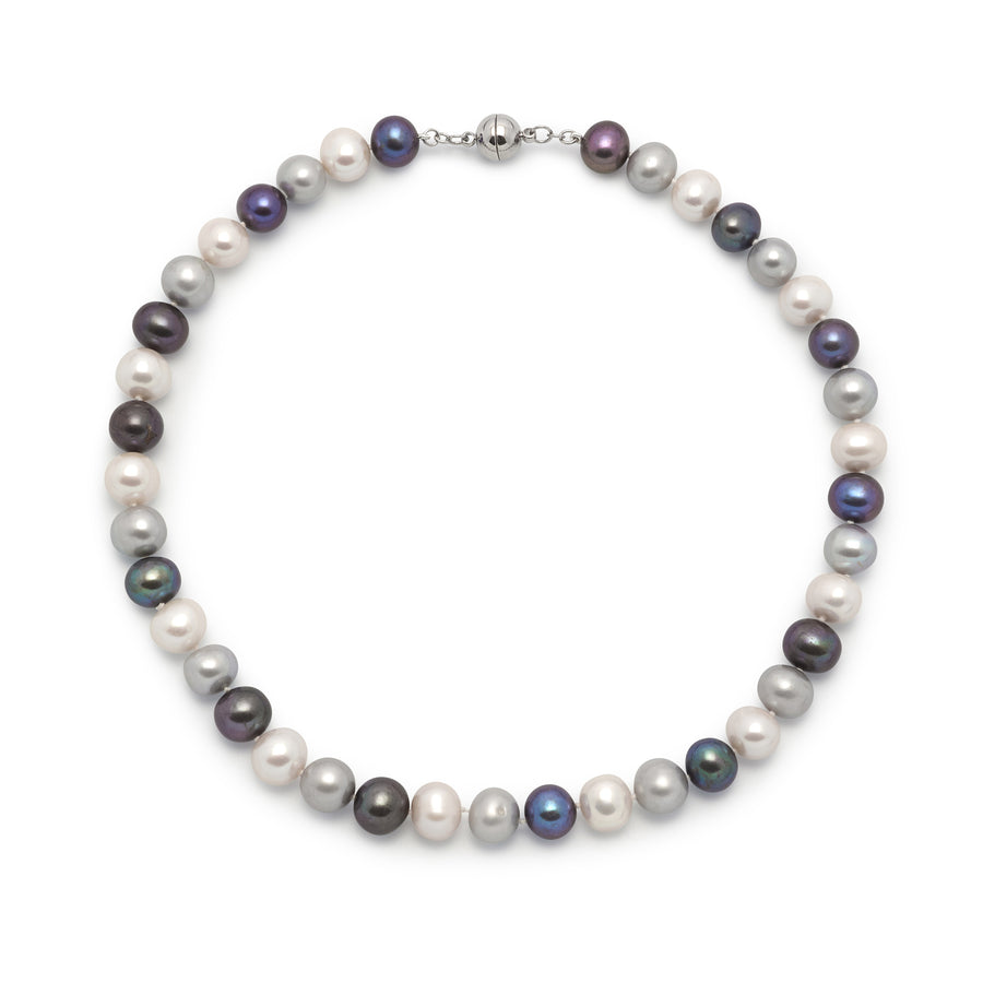 La AZZURRA Pearls - Blue Pearl Necklace