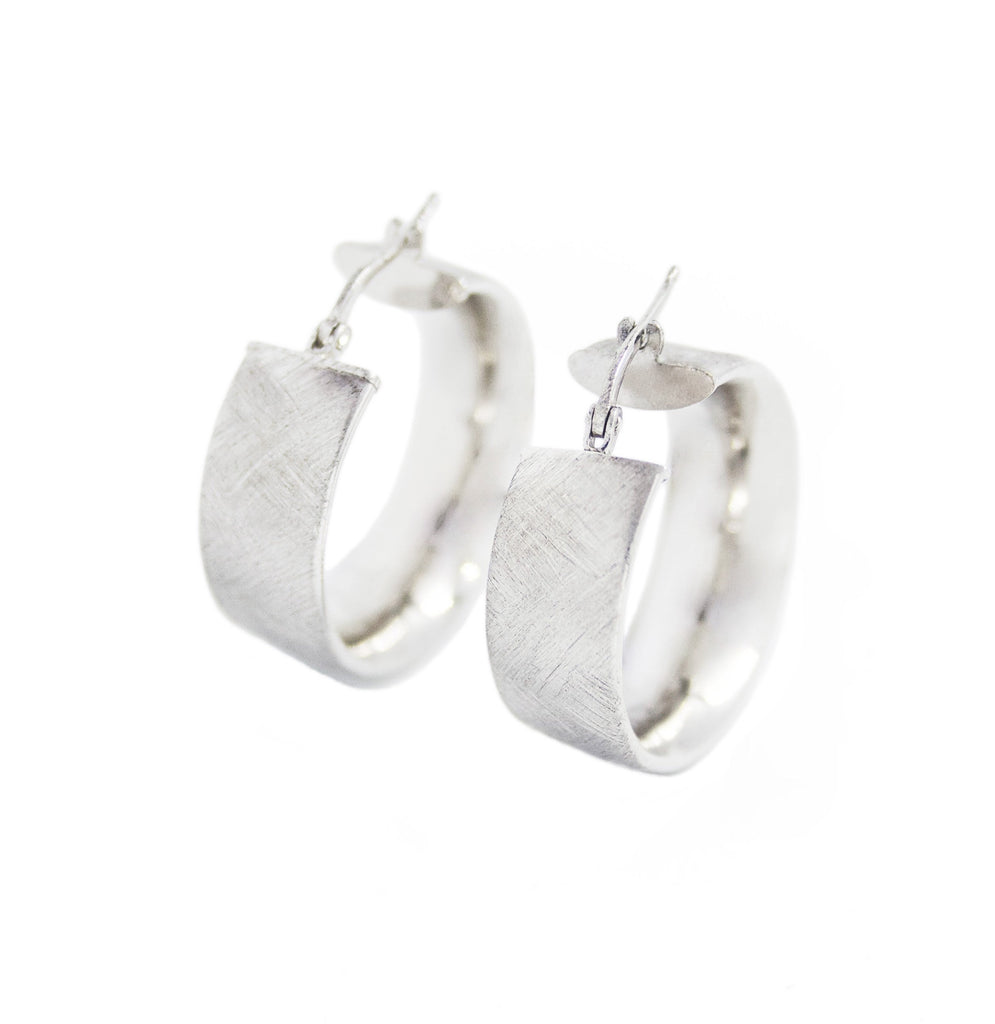 La SATINA CUFF Hoops Silver - Georgiana Scott Jewellery