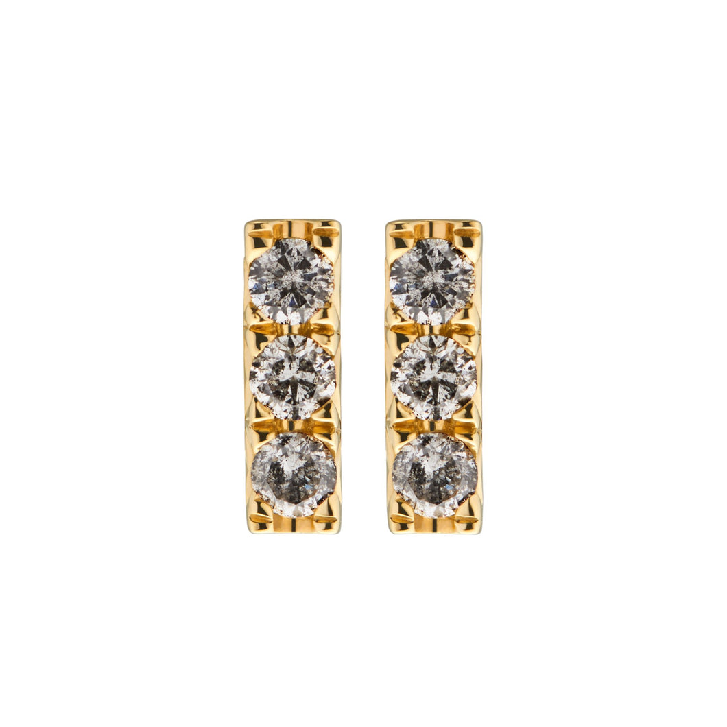 DIAMOND STUDS NO3